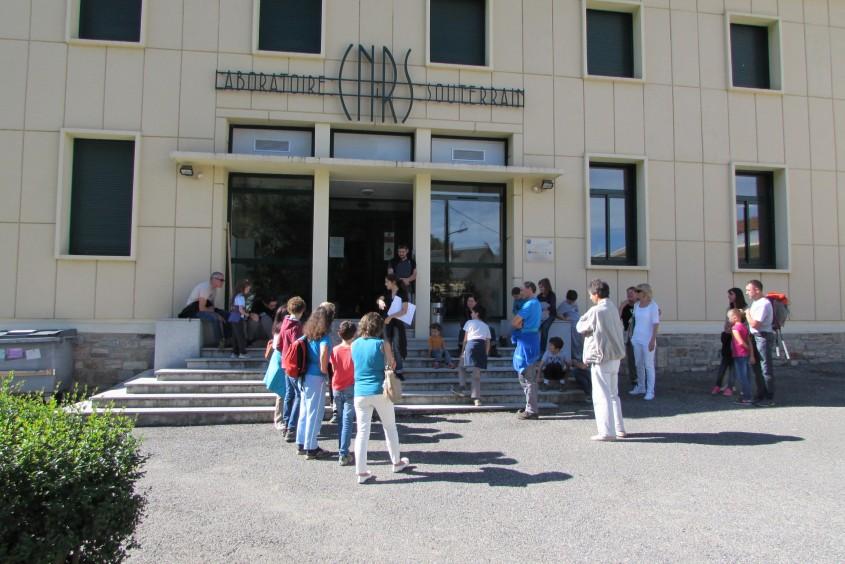 Facade laboratoire CNRS Moulis